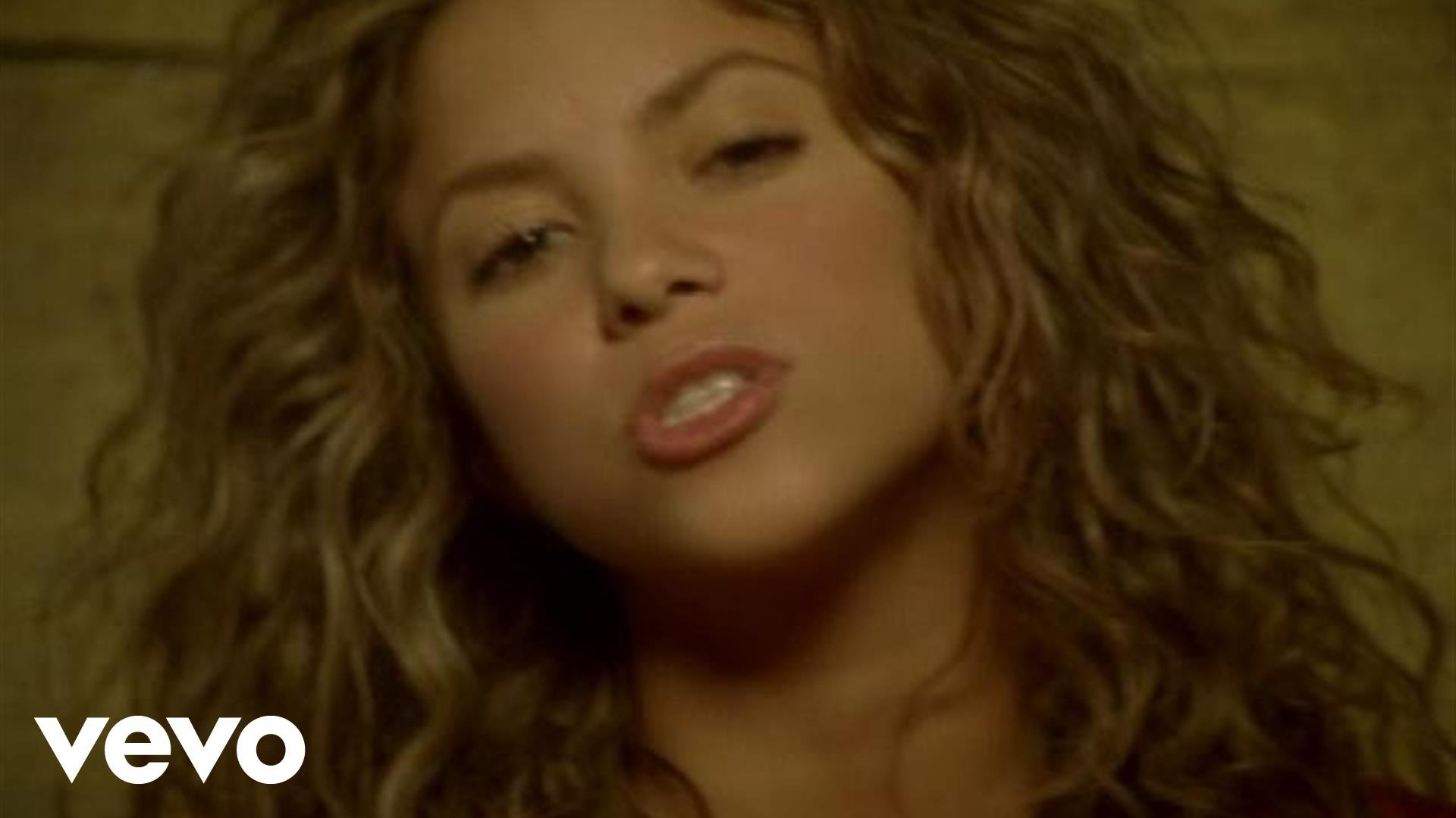Best shakira hips dont lie gifs | find the top gif on gfycat.